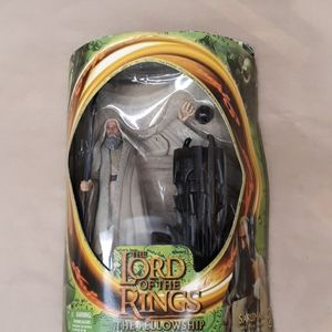 Lord of the rings saruman action figure